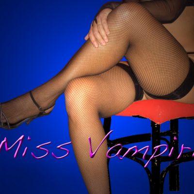 vampiria 3294627315